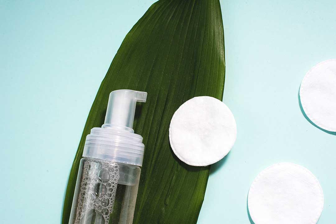 Cách chăm sóc da dầu với toner